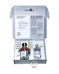 """Private Gin Geschenkbox """"Gin zum Selbermachen"""" / 40 % Vol. / 0,5 Liter-Flasche"""