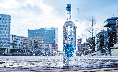 Hamburgs Blaues Wodka-Wunder