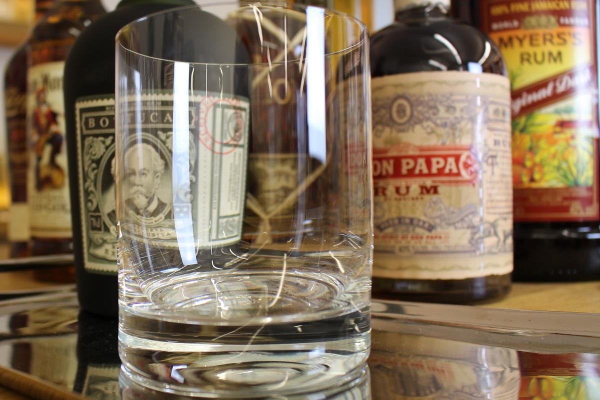 So trinkt man Rum richtig: Die 5 wichtigsten Tipps