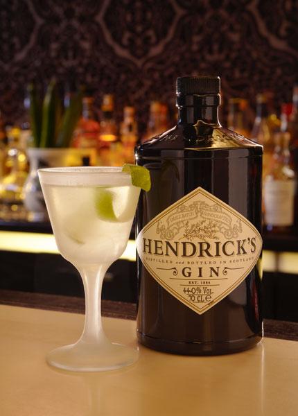 Hendrick's Gin als Gin Tonic genießen