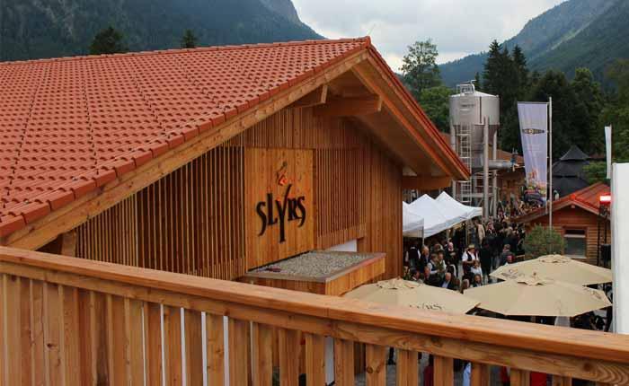 Die Slyrs Brennerei wurde 2007 neu gebaut